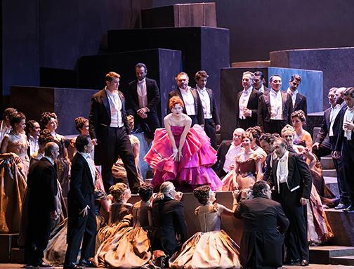 Opera_Traviata_504x383